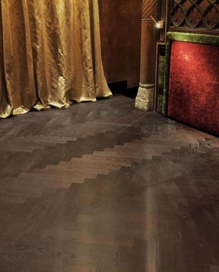 Realizzazione pavimento a spina 90°
